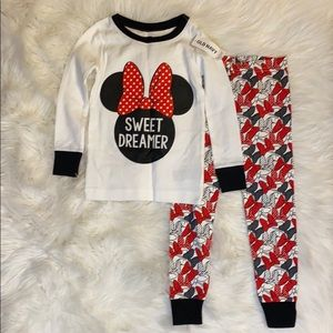 Old Navy Minnie Mouse pajamas - size 3T
